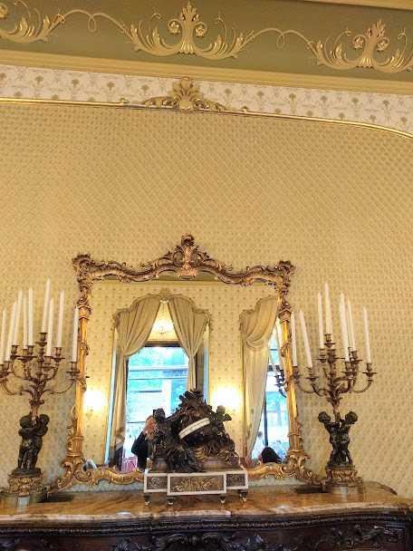 Gerbeaud coffee house – tradition since 1858